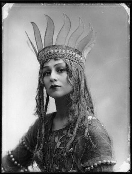 christine silver as titania midsummer 1913