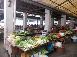 Yangshuo country market