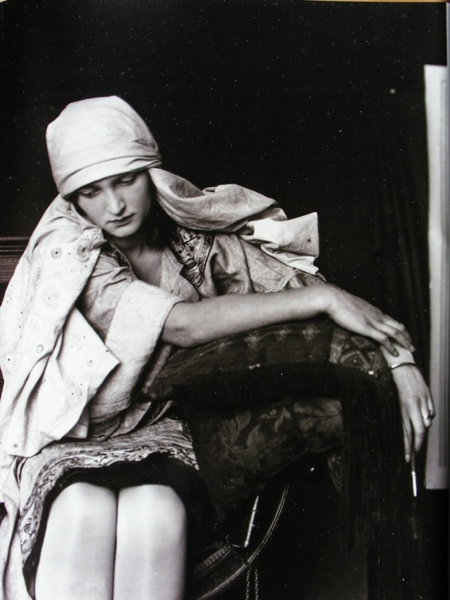 Alphonse Mucha, Studio photography.