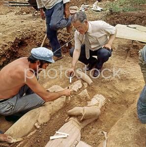 aaa09224-merenta-excavation-frasikleia-kouros-markopoulo