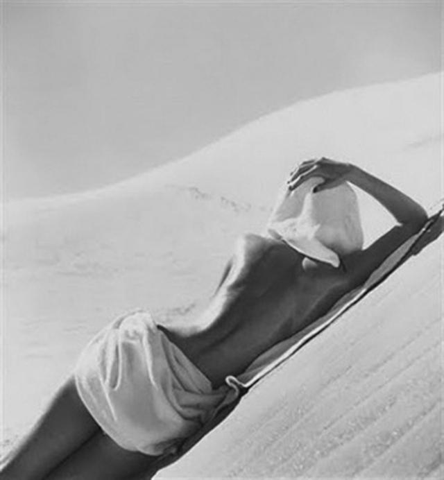 Louise Dahl-Wolfe  California Desert, 1948.
