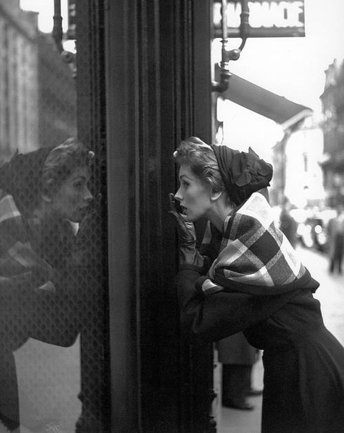 Suzy Parker, 1952. Photo Georges Dambier