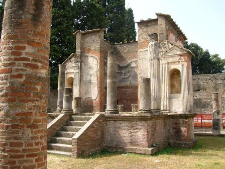 026 - Pompei - Tempio di Iside