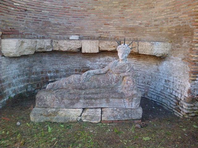 Attis (Ostia antica) Maite 2013