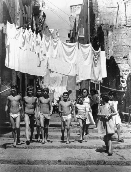 CATTANEO_Vicoli a Napoli