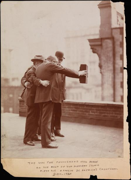 140305-museum-selfie-jms-1821_f2bdf6afa1f79e54a439b317e382e29c