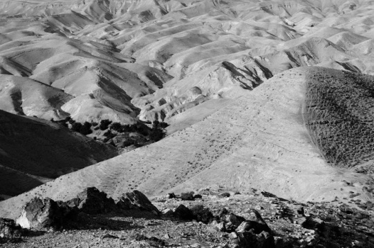 Victor Bezrukov in the middle between Jerusalem and Dead Sea