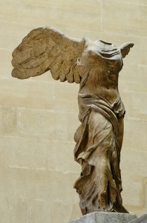 Nike_of_Samothrake_Louvre_Ma2369_n2