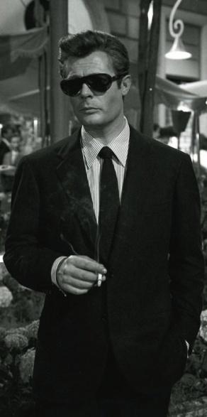 Marcello Mastroianni in La Dolce Vita (Federico Fellini, 1960)