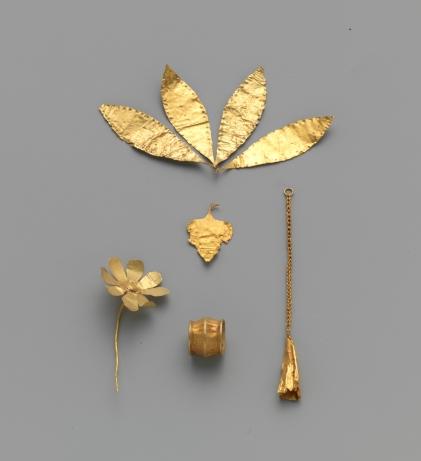 Gold flower Minoan Early Minoan II–III The Metropolitan Museum of Art