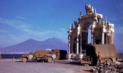 American-army-trucks-park-007