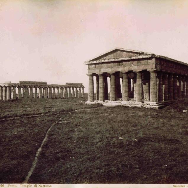 Sommer,_Giorgio_(1834-1914)_-_n._2066_-_Pesto_-_Tempio_di_Nettuno