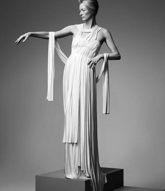 Sophia Kokosalaki vestido. Tilda Swinton
