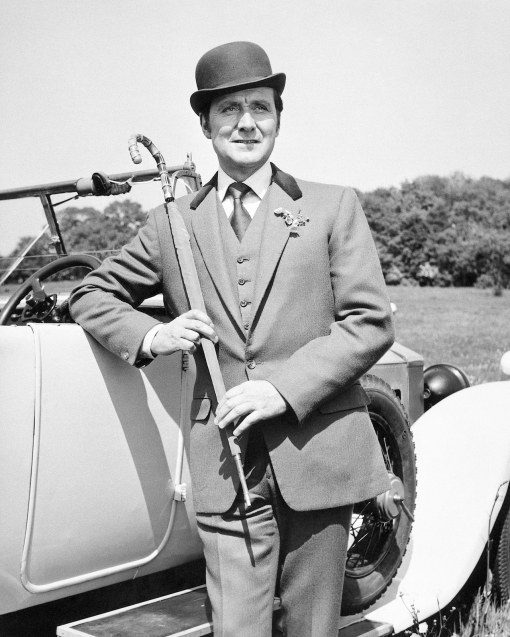 Macnee As Steed